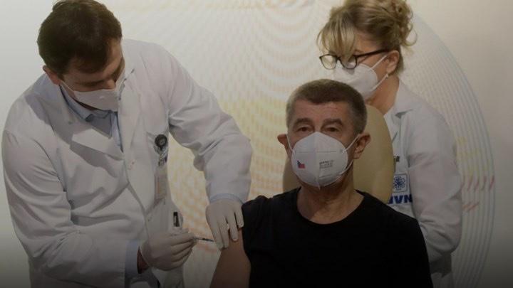 Κορονοϊός-–-Τσεχία:-Άρχισε-ο-εμβολιασμός-στη-χώρα-–-Πρώτος-εμβολιάστηκε-ο-πρωθυπουργός