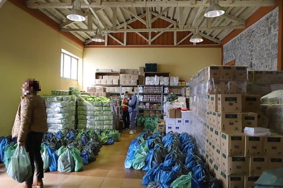 Ξεκίνησε-η-διανομή-τροφίμων-απο-τον-Δήμο-Καβαλας