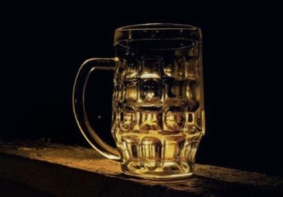 Η-ανασφάλεια-της-πανδημίας-αυξάνει-την-κατανάλωση-αλκοόλ
