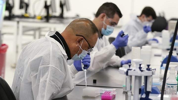 Κορονοϊός-ΗΠΑ:-Ενθαρρυντικές-δοκιμές-φαρμάκου-που-χορηγείται-από-το-στόμα