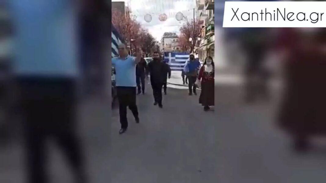 Ξάνθη-–-25η-Μαρτίου:-Έκαναν-κανονικά-παρέλαση-παρά-τις-απαγορεύσεις