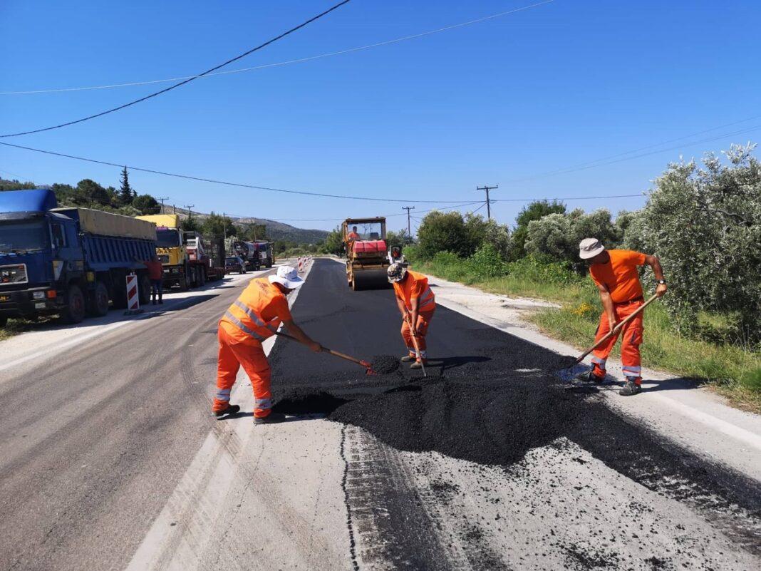 Η-Π.Ε-Καβάλας-θωρακίζει-την-οδική-ασφάλεια-με-τις-εργασίες-συντήρησης-του-επαρχιακού-δικτύου