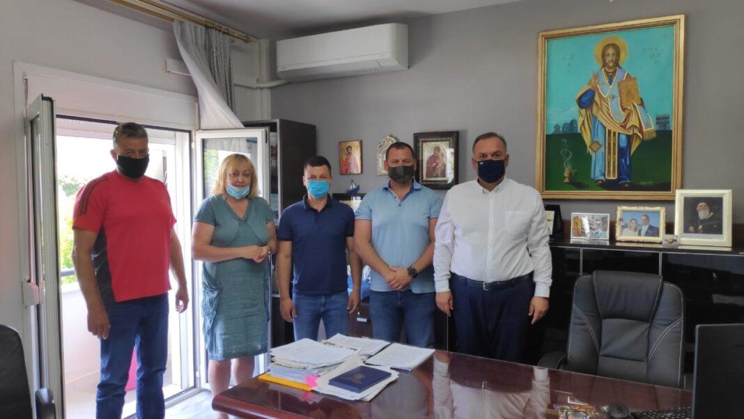 Συνάντηση-του-Δημάρχου-Θάσου-με-το-Δήμαρχο-της-πόλης-rakovski-της-Βουλγαρίας