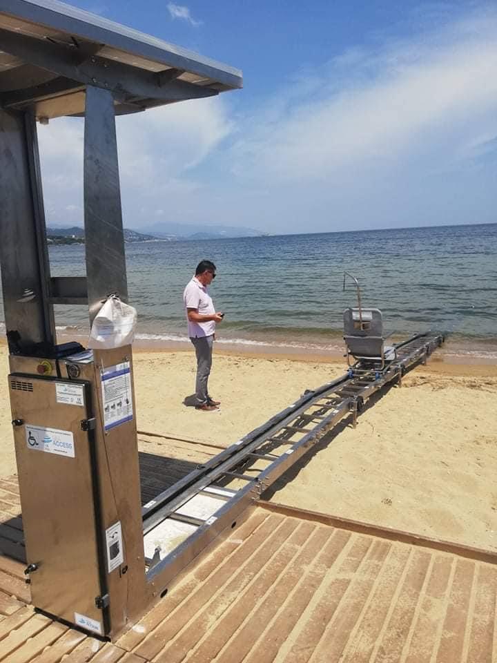 Σε-πλήρη-ετοιμότητα-η-ράμπα-ΑΜΕΑ-στη-παραλία-της-Νέας-Ηρακλείτσας