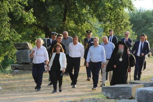 Επίσκεψη-της-Προέδρου-της-Ελληνικής-Δημοκρατίας-Κατερίνας-Σακελλαροπούλου-στο-Αρχαίο-θέατρο-Φιλίππων