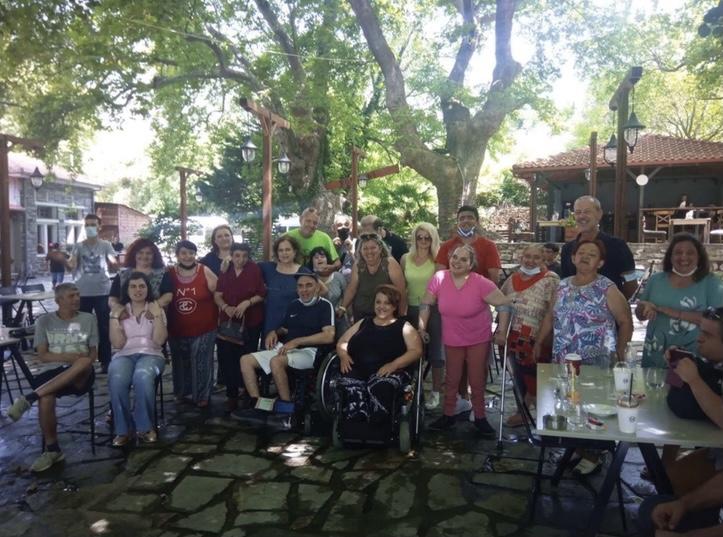 Βόλτα-στη-Μουσθένη-για-τους-φιλοξενούμενους-του-Παραρτήματος-«Χρονίων-Παθήσεων-Καβάλας»