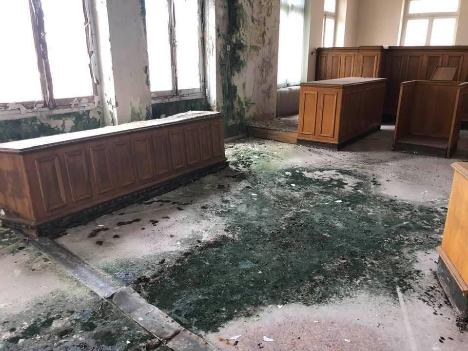 Σε-πολύ-άσχημη-κατάσταση-το-κτήριο-των-παλιών-Δικαστηρίων