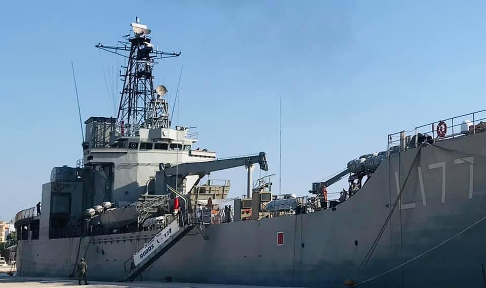 """Στο-λιμάνι-της-Αλεξανδρούπολης-το-Αρματαγωγό-""""Ρόδος"""""""
