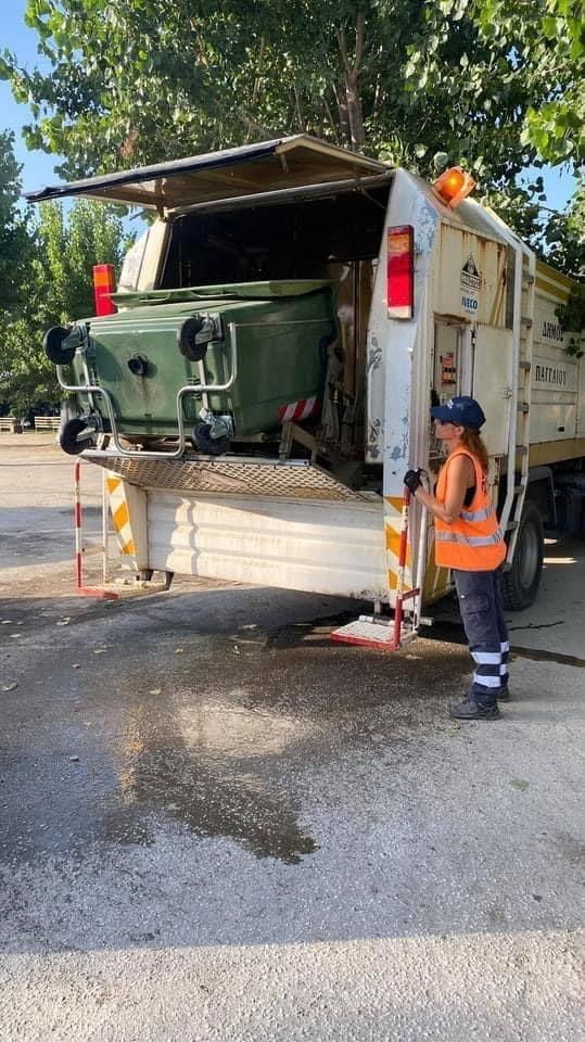 Συνεχίζεται-η-απολύμανση-των-κάδων-απορριμμάτων-στο-Δήμο-Παγγαίου