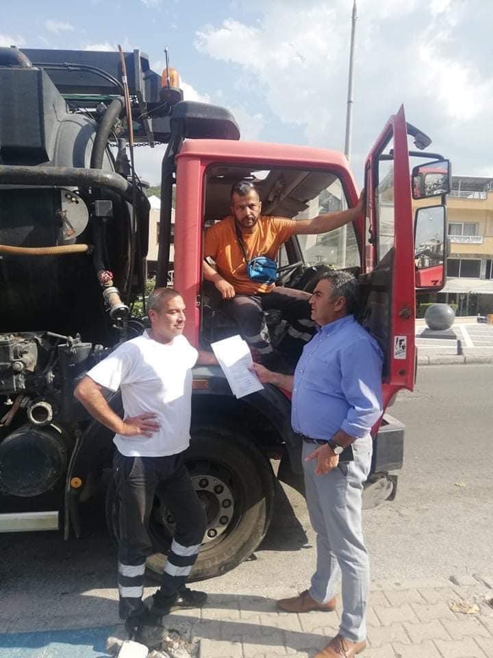 Βυτιοφόρο-με-προσωπικό-του-Δήμου-Παγγαίου-στην-Εύβοια-για-παροχή-βοήθειας