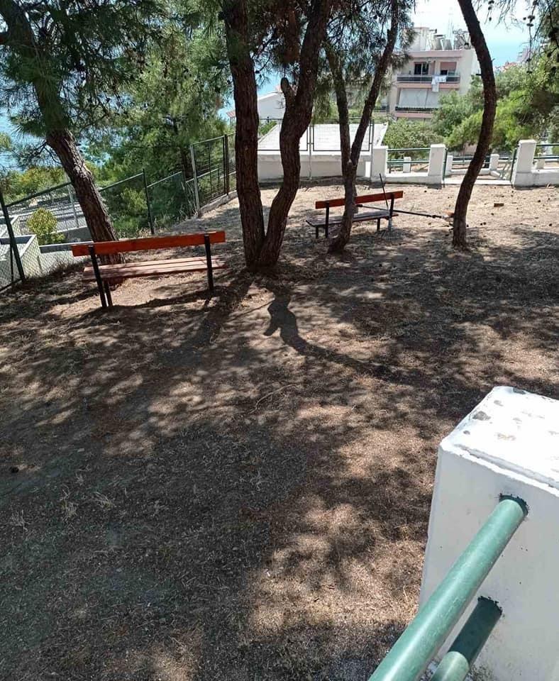 Καθαρισμός-του-πάρκου-στην-περιοχή-της-Καλαμίτσας