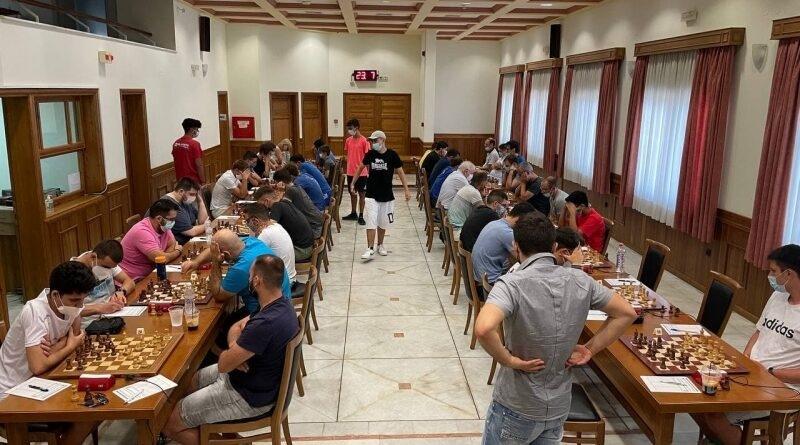 Ο-Ρώσος-demchenko-και-ο-Αμερικανός-chandra-νικητές-στο-30ο-Όπεν-Διεθνές-Σκακιστικό-Τουρνουά-της-Καβάλας