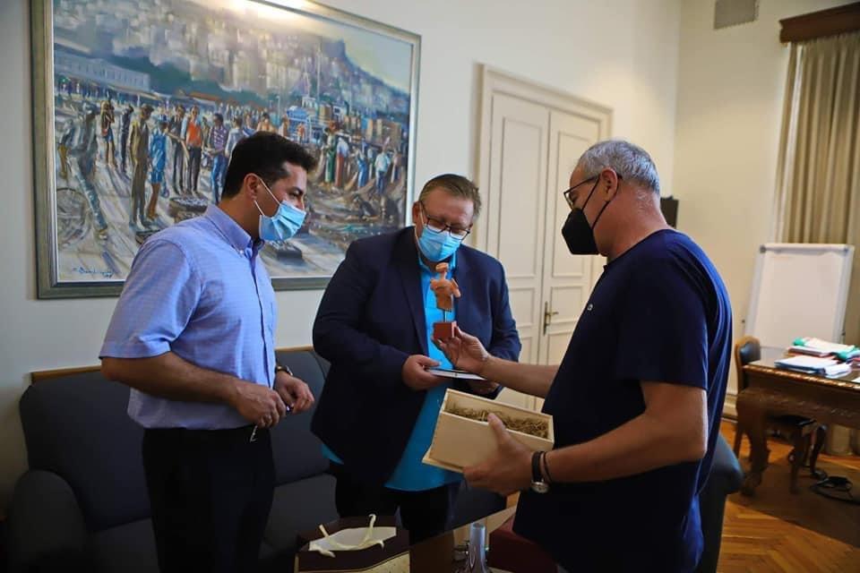 Επίσκεψη-του-Προξένου-της-Ρουμανίας-στο-Δημαρχείο-Καβάλας