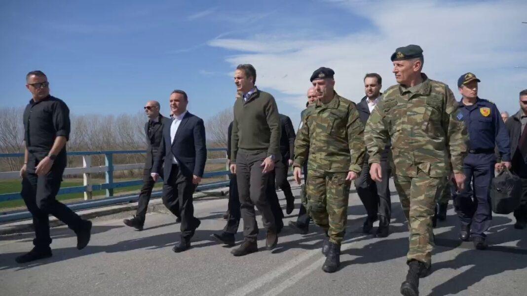 Νυχθημερόν-στο-ποτάμι-του-Έβρου-ο-Στρατηγός-Χουδελούδης-ο-οποίος-αναμένει-τον-Πρωθυπουργό-Κ.-Μητσοτάκη