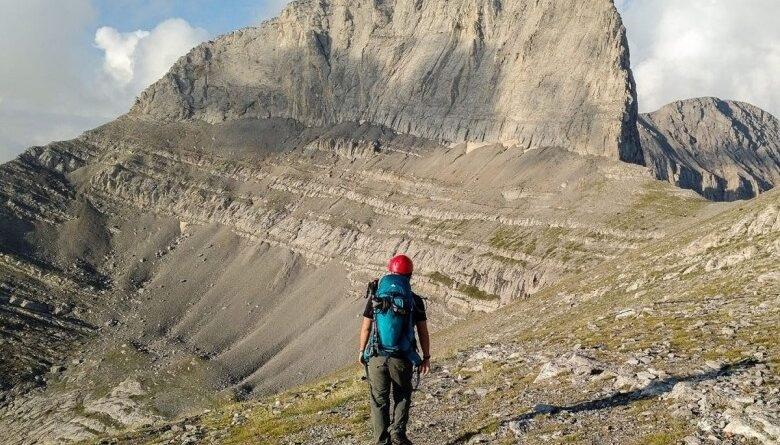 Λέσχη-Ορειβασίας-Χιονοδρομίας-Καβάλας:-Κάτω-τα-χέρια-από-τον-Όλυμπο-και-τα-Ελληνικά-Βουνά
