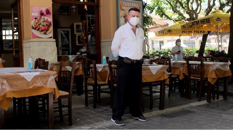 Πρόεδρος-Σωματείου-Εστιατόρων-Καβάλας:-Δουλεύοντας-μόνο-με-εμβολιασμένους-θα-έχουμε-πτώση-του-τζίρου