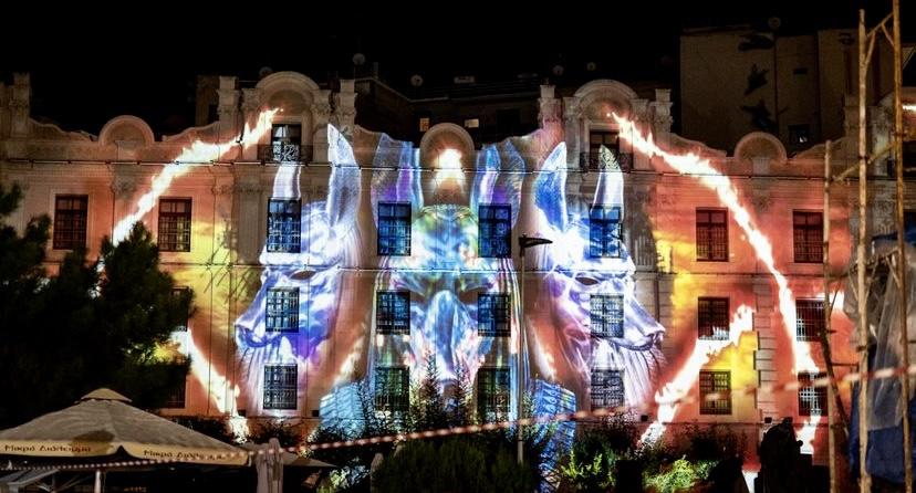 Το-πολυπολιτισμικό-στοιχείο-του-cosmopolis-festival,-διασκορπισμένο-σε-κάθε-γωνιά-της-πόλης-της-Καβάλας