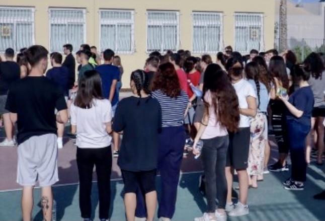 Σχολεία:-Ένα-τμήμα-θα-κλείνει-μόνο-σε-περίπτωση-που-είναι-θετικοί-οι-μισοί-συν-ένας-μαθητές